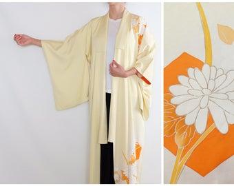 Delicate Yellowish Floral Kimono