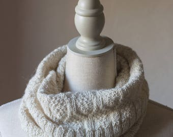 100% Alpaca Hand Knitted Snood, Soft Knit Cowl, Knitted Winter Tube Scarf, Light Hand Knit Cowl, Womens Cowl, Christmas Gift Idea