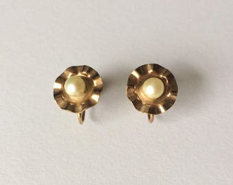 Vintage 1950's Rolled Gold Pearl Unique Screw Back Earrings