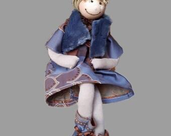 Hand made cloth dolls