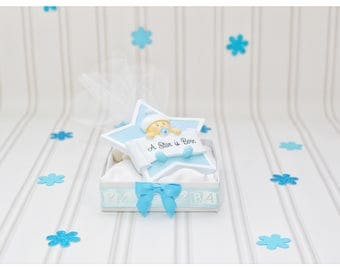 baby boy shower star, new favor idea, bomboniere, resin, star, Baby star ornament, blue, unique, baby shower, welcome, baby boy star favors