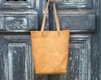 Tote bag Tote bag with pockets Tall leather tote bag Natural leather Hand stitched shopper bag full grain leather tote bag