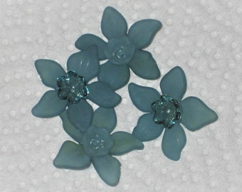 Frosted lucite Daffodil beads Acrylic flower beads Single Shades Teal - 8 pack