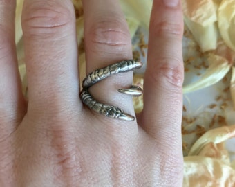 Three Claw Ring in Oxidized Sterling Silver