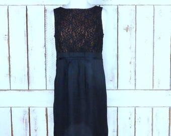 Vintage 90s black lace sleeveless knee length fitted cocktail dress/short LBD/black shift dress/evening dress/medium