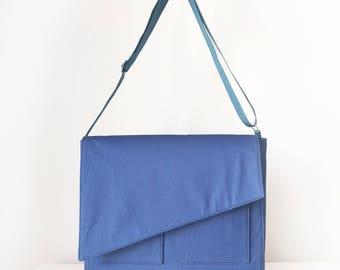 Messenger Bag /  Shoulder Bag for Men and Women / Cross Body Bag with Pockets in Navy Blue