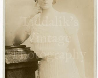 Miss Gertrude Elliott Edwardian Actress Theatre Stage RPPC Postcard - A & G Taylor's Reality Series - Unused - Antique Postcard