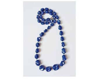 Vintage Blue Necklace 1970s Retro Shaped Plastic Graduated Size Beads Single String Kitsch