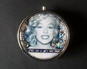 """Pillbox or pill box, jewelry, candy , with glitter """" Marilyn Monroe """""""