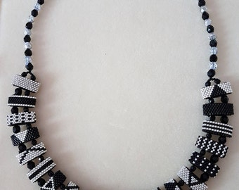 Night and day peyote necklace