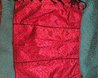 red mini skirt mettallic fabric