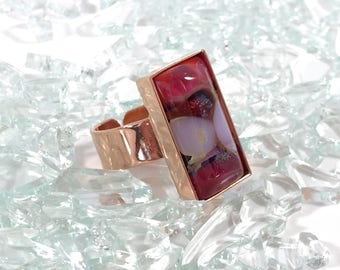 fused glass adjustable copper ring in marbled reds  and white