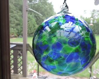 Hand Blown Art Glass Witch Ball Friendship Ball Ornament Suncatcher - Emerald Green & Blue