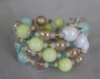 Pearl (SU)- Coil Bracelet