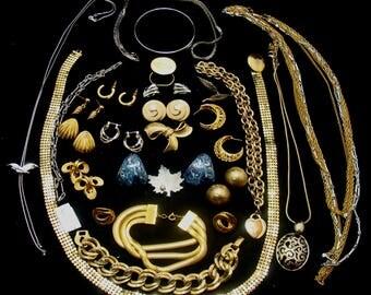 Vintage jewelry lot-1990's jewelry lot-beautiful jewelry-ready to wear jewelry-old jewelry lot-90s jewelry lot-vintage jewelry bundle-