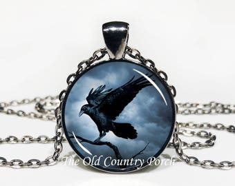 Raven-Glass Pendant Necklace/Halloween Necklace/Gift for him/Gift for her
