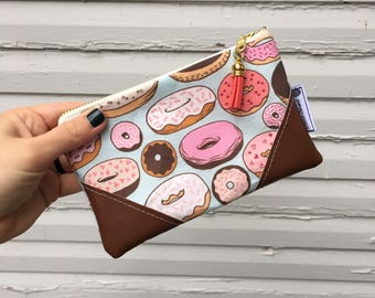 Donuts Mini Tassel Zipper Clutch