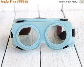 SALE Vintage Soviet Protective Glasses Steampunk Goggles Vintage Safety Glasses,protective mask welding goggles Soviet Industrial Goggles