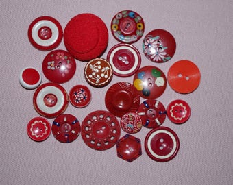 Red assortment of 21 vintage buttons