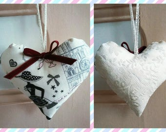 Bundle of 17 cm high approx in fabric to hang anywhere in your home
