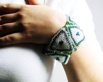 Mosaic cuff woven with Swarovski Crystal and seed beads