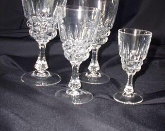 """Durand Cristal d'Arques """"Pompadour"""" Cordial Glasses"""
