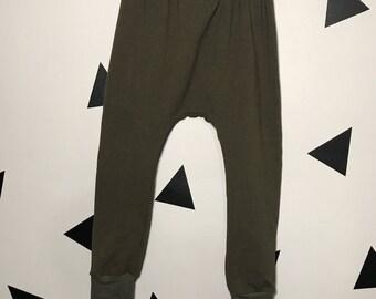Olive slim harem pants, olive baby leggings, olive joggers, olive green joggers, green baby pants, olive girl leggings, baby girl green pant