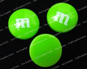 Green cabochon