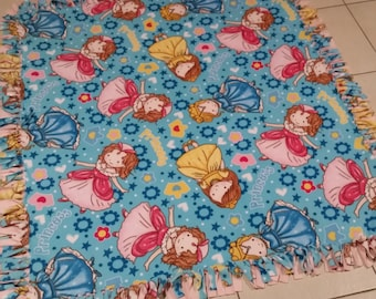 Kids Fleecy Blanket - Knotted - Handmade - Princess