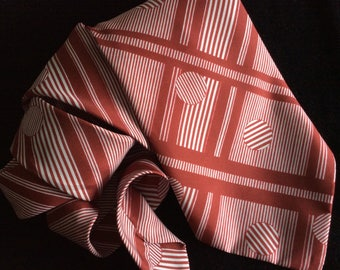 Necktie Vintage 1970s Mod geometric kipper tie - maroon and white wide tie