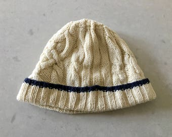 Hand Knit BEANIE HAT - Adult, Cable Knit, Skull Cap, Cream White & Navy, Wool, Natural Colors, Vintage Skull Cap, Classic Winter Hat