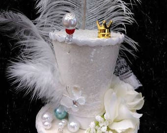 The White Queen Alice in Wonderland Mini Top Hat Alice Through The Looking Glass Crown Snow Queen Mad Hatter Cosplay Tea Party Wedding