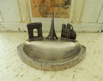 French Ashtray, Souvenir Paris France Eiffel Tower Notre Dame Cathedral Arc de Triomphe Triumphal  Arch, Vintage Home Office Rustic Decor