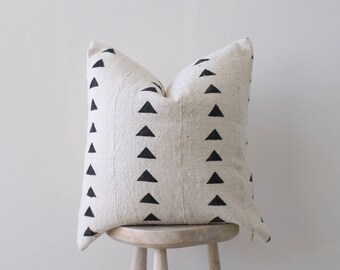 """African Mudcloth pillow 'Isabis' 19"""""""