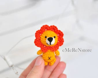 Little Amigurumi Lion : Crochet keychain Lion Amigurumi Keyring Little Lion