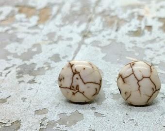 White magnesite stud earrings