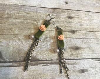 Velvet chain drop earrings