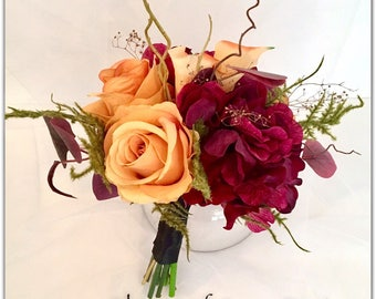 Burgandy bouquet, classic autumn, roses.