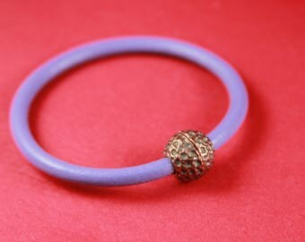 4/7 MADE IN EUROPE round leather cord copper magnetic clasp, hammered ball clasp (XM6114AC)Qty1