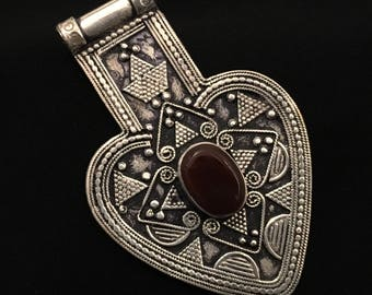 Carnelian  pendant- Kuchi Jewelry ellery-Necklace-Ethnic Middle Eastern-Turkman Pendant Nomad jewelery,Carnelian Necklace.....