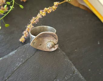 Sterling silver 925 hammered lilypad ring size Q