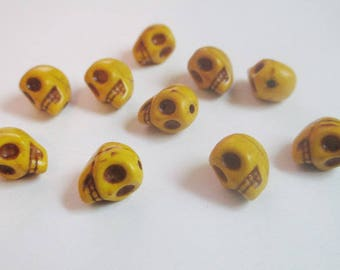 10 yellow skull 9x7.5x9mm synthetic turquoise beads