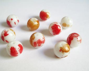 10 white speckled Brown and Red 12mm glass beads
