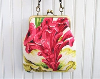 "Pink Celosia Flower Yellow Green Leaves White Ground Vintage Barkcloth Fabric 6"" Antique Brass Kisslock Frame Crossbody Shoulder Bag Purse"