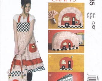 FREE US SHIP McCalls 6935 Craft Sewing Pattern Uncut Vintage Camper Glam Camping Apron Insulated Picnic Bag Cooler Apron Appliance Cover
