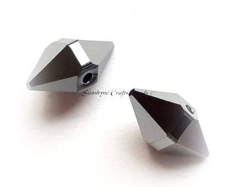 Swarovski Crystal Beads 2pcs, 5747 CRYSTAL SILVER NIGHT 2X , 12X6mm Faceted Double Spiked Bead