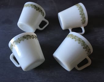 Vintage Pyrex pyrex mug pyrex Spring Blossom crazy daisy green pyrex vintage mug vintage coffee mug Pyrex 1410 vintage kitchen vintage cups