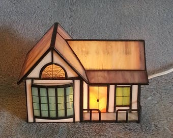 Nightlight - Accent Lamp - Stained Glass House - Ranch Style