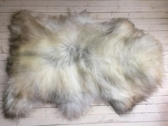 Rugged, long haired, large sheepskin rug spael sheep throw grey 17202