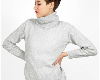 Vintage 1970's Oversized Turtleneck Sweater in a Speckled Heathered Gray by I.Magnin   Small